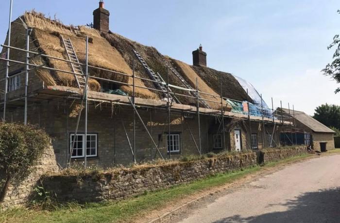 Re-Thatch – Grafton Regis, Northampton